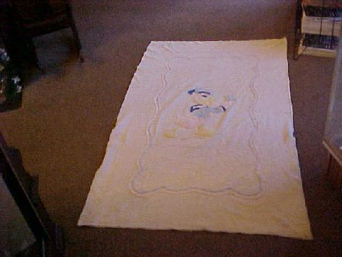 Child\'s Donald Duck Chenille Bedspread