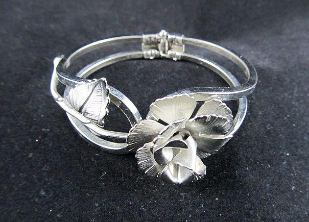 Silver Flower and Leaf Hinged Bangle Clamper Bracelet