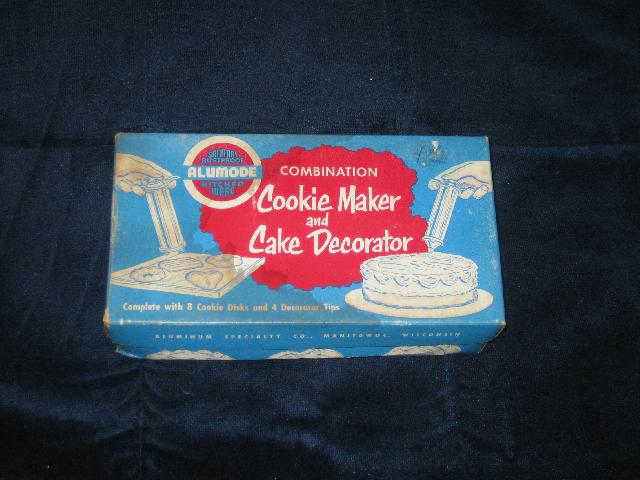 Vintage Cookie Maker and Cake Decorator, in original box
