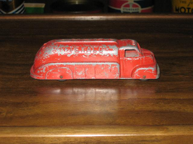 Texaco Tootsie Toy USA Tanker Truck 1940s 6 inches long
