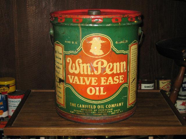 Wm. Penn 5 gallon Valve Ease Oil drum with spigot, VINTAGE!