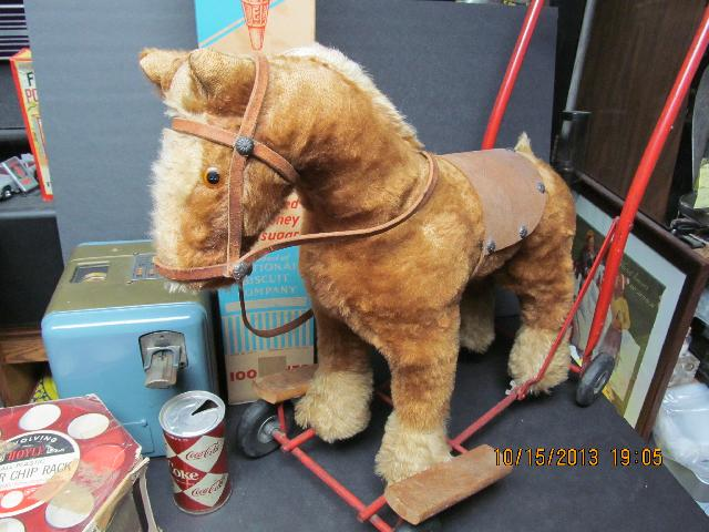 1940\'S MOHAIR HORSE RIDE-ON / PULL TOY LINE BROTHERS VGC