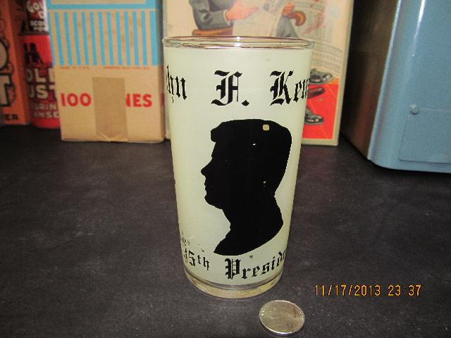 JOHN F KENNEDY JFK FROSTED MEMORIAL GLASS 1917 -1963 50 YEAR